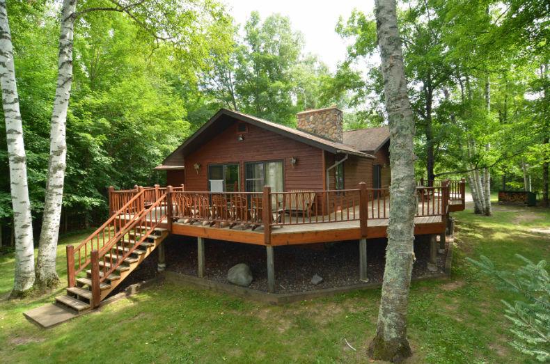 Split level house group lodging accommodations family for 5 level split house